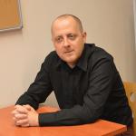 Dr Rafał POŁEĆ