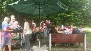 Warsztaty Studentów WSB w ogrodzie Domu Pomocy Społecznej w Gdańsku